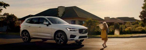 2019 Volvo XC60 white SUV